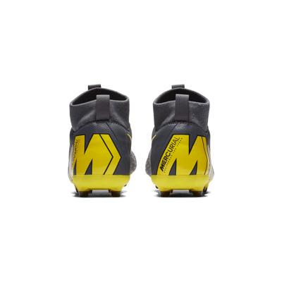 check out 73ab6 33d31 Nike Jr  Superfly VI Academy MG fotballsko til flere underlag ...